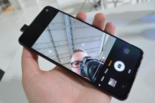 Allview Soul X6 Xtreme - Fotografii Hands-On: Allview-X6-Xtreme_21.JPG