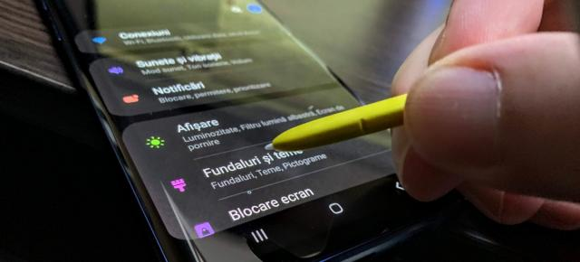 Prezentare One UI + Android Pie pe Samsung Galaxy Note 9: Night Mode, confort la utilizare cu o mână, optimizare pe steroizi (Video)