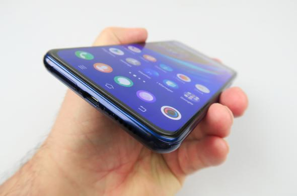 Vivo NEX Dual Display Edition - Galerie foto Mobilissimo.ro: Vivo-Nex-Dual-Display_035.JPG