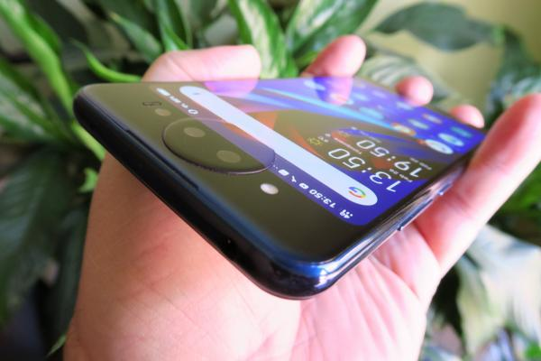 Vivo NEX Dual Display Edition - Fotografii Hands-On