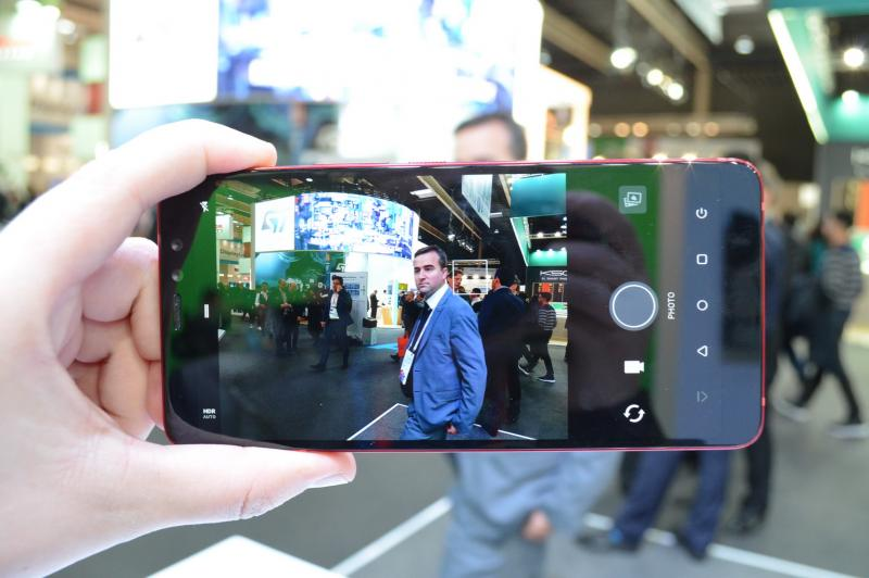 HTC U11 EYEs - Fotografii Hands-On de la evenimente: HTC-U11-EyeS_003.JPG