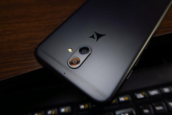 Allview X4 Soul - Fotografii Hands-On