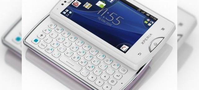 Sony Xperia mini pro a primit Android 4.0 ICS alături de Xperia mini, Xperia active, Live with Walkman