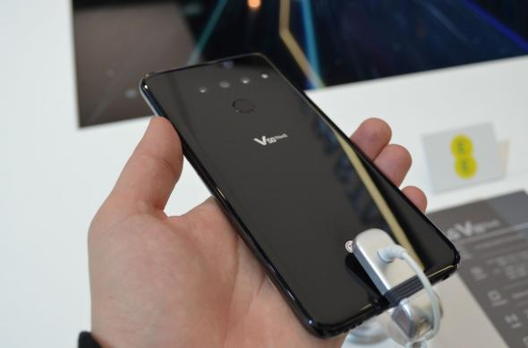 LG V50 ThinQ - Fotografii hands-on: LG-V50-ThinQ_004.jpg