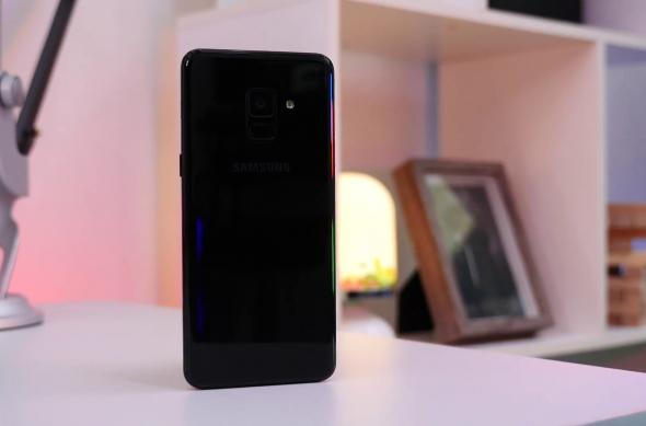 Samsung Galaxy A8 (2018) - Fotografii Hands-On: Samsung-Galaxy-A8-2018_003.jpg