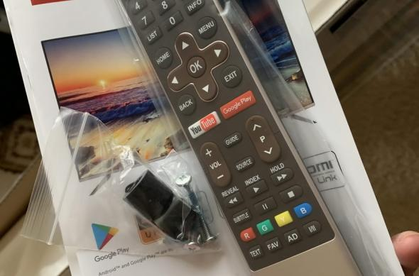 Allview Android TV (50ATA6000-U) Unboxing: Allview-Android-TV-50-inch_010.jpg