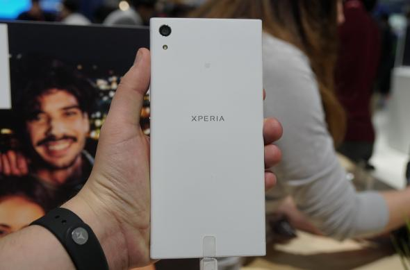 Sony Xperia XA1 Ultra - Fotografii Hands-On de la evenimente: Sony-Xperia-XA1-Ultra_003.JPG