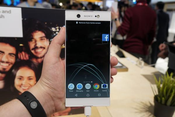 MWC 2017: Sony Xperia XA1 Ultra hands-on - phablet-ul Ultra revine, cu cameră de flagship (Video)