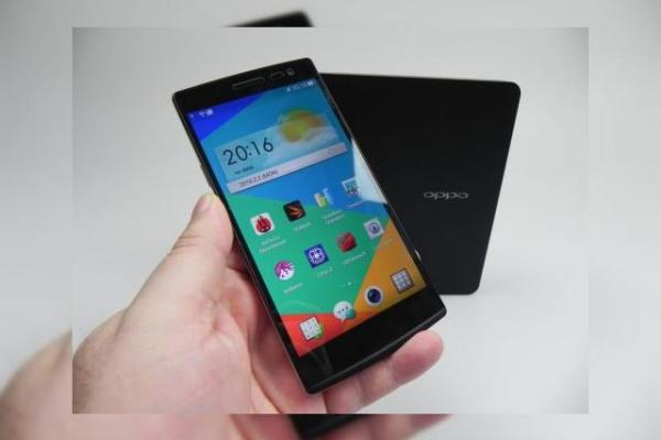 Oppo Find 7a Unboxing: phablet cu design În stil OnePlus One și ambalaj elegant (Video)