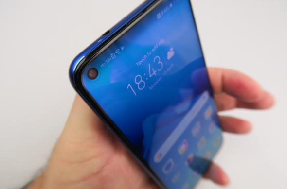 Huawei Honor View 20 - Galerie foto Mobilissimo.ro: Honor-View-20_076.JPG