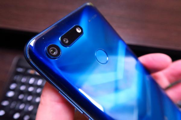 Huawei Honor View 20 - Fotografii Hands-On