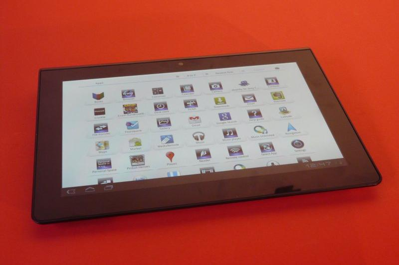 Sony Tablet S unboxing - scoatem din cutie interesanta tableta Sony cu Honeycomb (Video): p1240673jpg.jpg