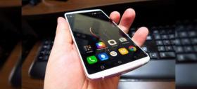 Lenovo Vibe X3 Review: midrange-ul care bate flagship-urile din 2015 (Video)