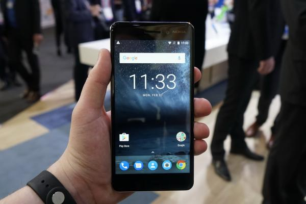MWC 2017: Nokia 6 hands-on - cu mâinile pe hitul care a înnebunit China (Video)