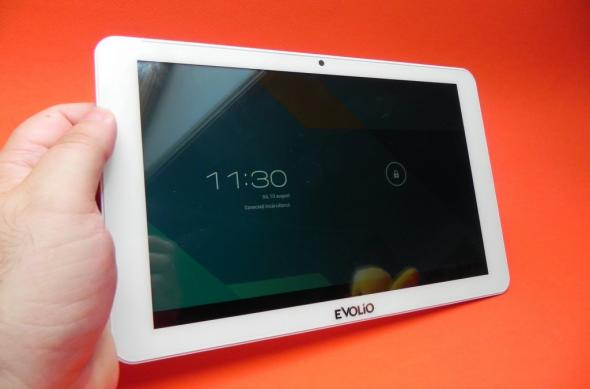 Review Evolio Quadra: design atractiv, ecran deloc rău și per total o tabletă quad core de calitate (Video): evolio_quadra_review_mobilissimo_ro_01jpg.jpg