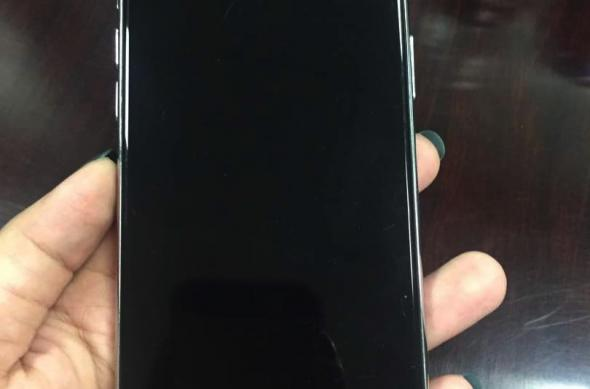 Galerie foto hands-on cu iPhone 8/ Edition (Leak): bgr-iphone-8-mockup-1.jpg