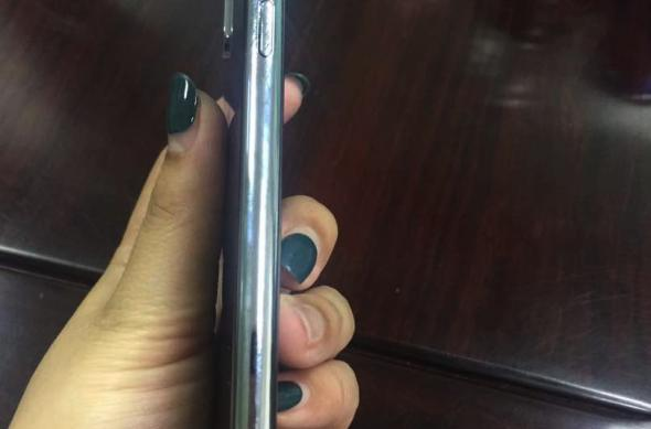 Galerie foto hands-on cu iPhone 8/ Edition (Leak): bgr-iphone-8-mockup-5.jpg