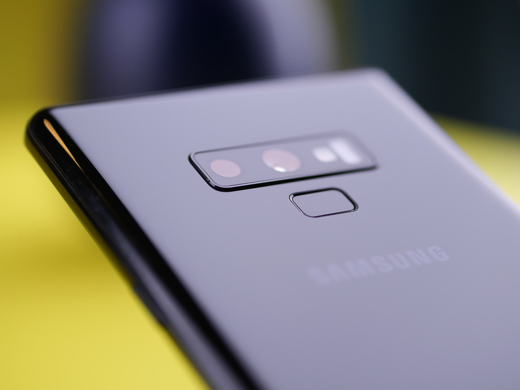 Samsung Galaxy Note 9 hands-on review: un nou stylus, extra baterie, se simte ca Note 8 în mână