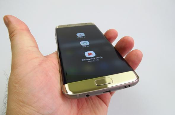 Samsung Galaxy S7 Edge - Galerie foto Mobilissimo.ro: Samsung-Galaxy-S7-Edge_386.JPG