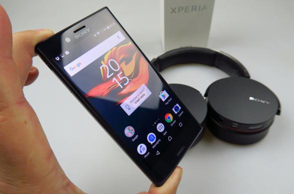 Sony Xperia X Compact - Galerie foto Mobilissimo.ro: Sony-Xperia-X-Compact_012.JPG