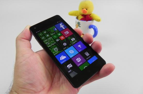 Allview Impera I review: cel mai atractiv design de handset Windows Phone, impresii preliminare OK (Video): allview_impera_i_review_056jpg.jpg