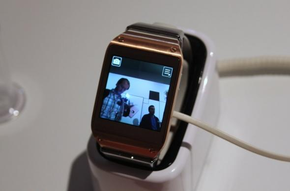 IFA 2013: Samsung Galaxy Gear, ceasul de companie al lui Note 3 si Note 10.1, Într-o experiență hands on, direct de la Berlin! (Video): samsung_galaxy_gear_mobilissimo_08jpg.jpg