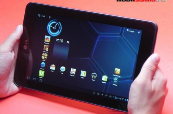 Review LG Optimus Pad - prima tabletă 3D nu iese În evidență și la capitole 2D (Video): lg_optimus_pad_mobilissimo_21.jpg