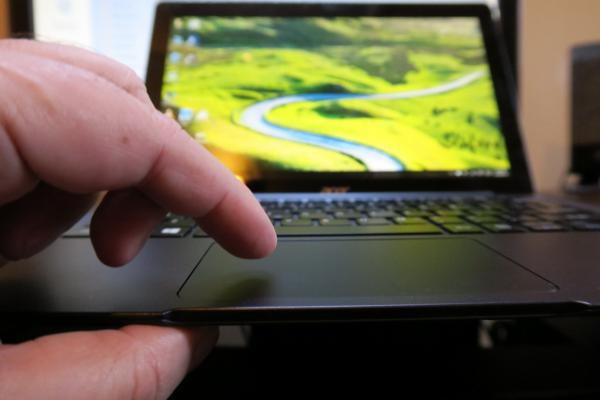 Acer Aspire Switch 12 S: Hardware mai degrabă inedit decât perfect