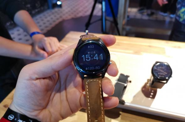 ASUS VivoWatch SP - Fotografii Hands-On de la evenimente: ASUS-VivoWatch-SP_02.jpg