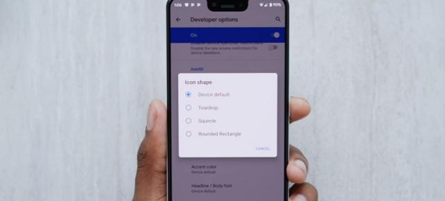 Top 5 funcţii Android Q prezentate de Marques Brownlee: teme customizabile, notificări, Dark Mode mai bun (Video)