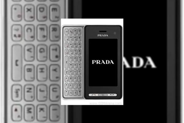 LG KF900 Prada suporta inregistrare video D1, 3G (900/2100 MHz)