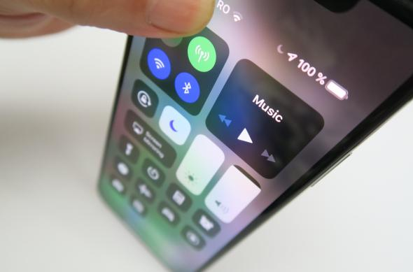 Luminozitate display iPhone XS Max: Apple-iPhone-XS-MAX_145.JPG