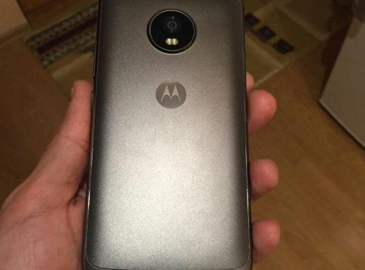 Motorola Moto G5 Plus - Fotografii hands-on leak: Alleged-Moto-G5-Plus (1).jpg