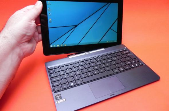 ASUS Transformer Book T100TA Review: o primă tabletă atractivă cu CPU Bay Trail și o primă privire asupra lui Windows 8.1 (Video): asus_transformer_book_t100ta_review_mobilissimo_ro_51jpg.jpg