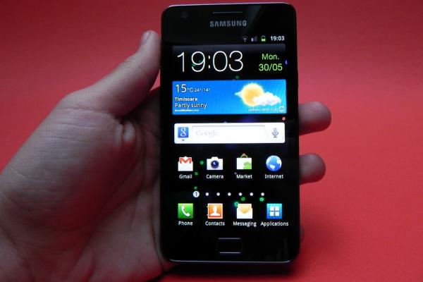 Samsung I9100 Galaxy S II - Galerie foto Mobilissimo.ro