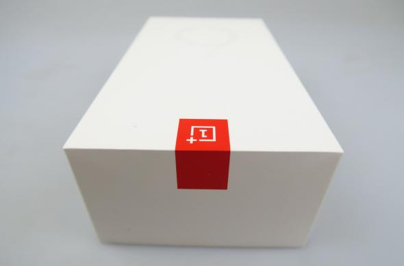 OnePlus 6 - Unboxing: OnePlus-6-Unboxing_047.JPG
