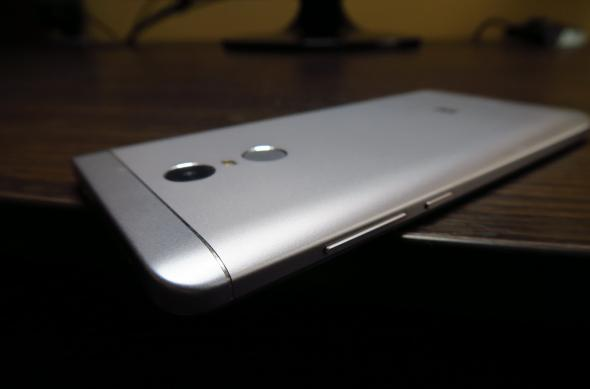 Fotografii hands-on cu Xiaomi Redmi Note 4X: Xiaomi-Redmi-Note-4X_071.JPG