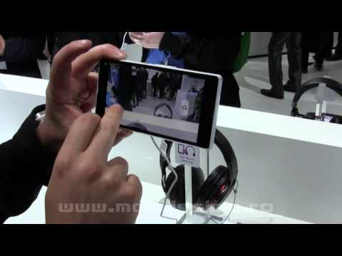 Sony Xperia Z hands on preview MWC 2013 - Mobilissimo.ro