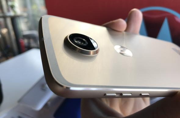 Motorola Moto Z2 Play - Fotografii Hands-On de la evenimente: Lansare-Motorola-Moto-Z2-Play-in-Romania_009.jpg