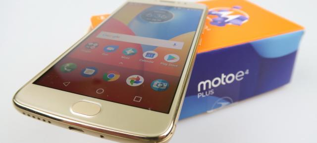 Motorola Moto E4 Plus Unboxing: la graniţa dintre entry-level şi mid-range, cu iz de battery phone