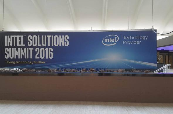 Intel Solution Summit 2016: 13072950_250321528654905_1435697641_o (1).jpg