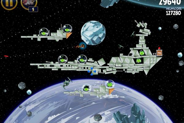 Angry Birds Star Wars Hoth Update review: prințesa Leia, roboți patrupezi și multă distracție! (Video)