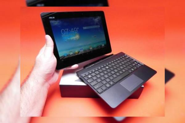 Review ASUS Transformer Pad TF701T: upgrade de rezoluție, procesor Tegra 4 performant, downgrade de baterie și cameră (Video)
