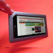 Review Nook Tablet - tableta e-reader axată pe ecosistemul Barnes & Noble (Video)