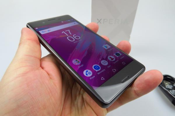 Sony Xperia X Performance - Unboxing
